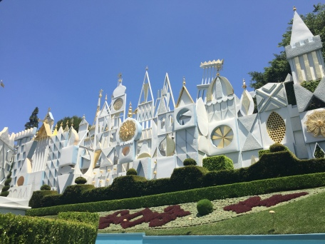 it's a small world tipsypinup